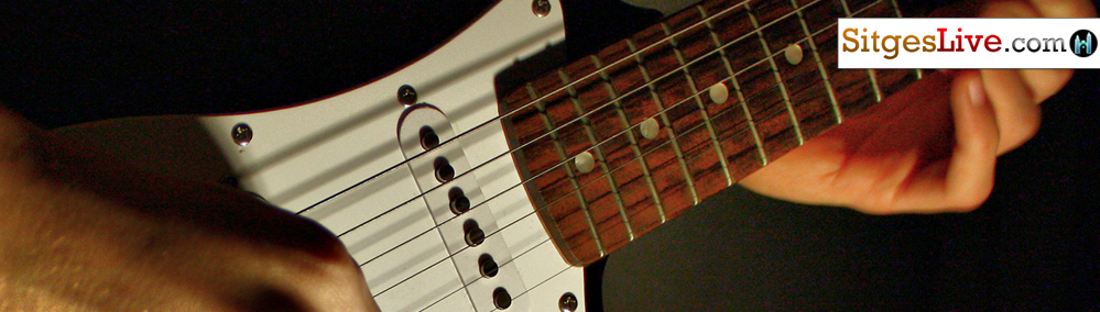 h-Guitar-Singer-barcelona-sitges